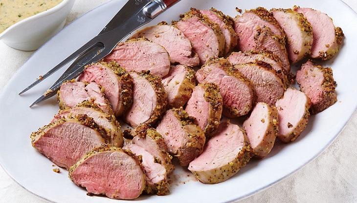 Lombinho de porco com crosta de tudo