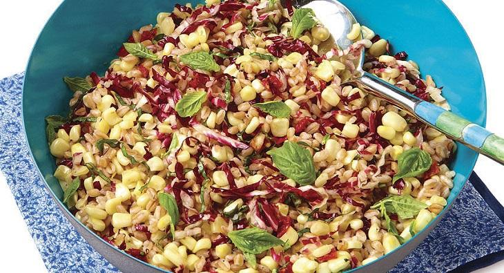 Salada de Milho e Farro